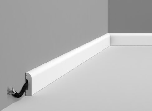 Multi Mould 7 as Skirting - DX182