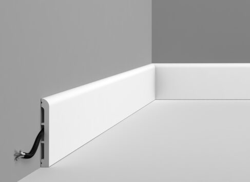 Multi Mould 9 as Skirting - DX184