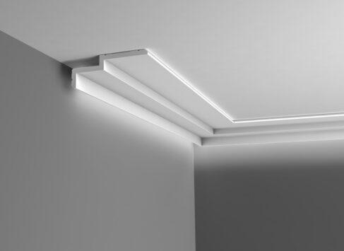 Steps-Cornice-2-as-uplight-C391
